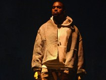 Record de preţ pentru o pereche de pantofi sport ce-i aparține lui Kanye West