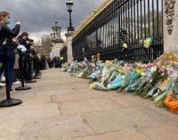 Barack și Michelle Obama au omagiat memoria prințului Philip