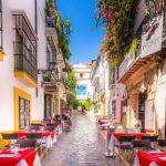 Spania va primi, din iunie, turişti cu certificate Covid