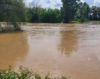 Ministrul Dezvoltării: Guvernul poate ajuta la refacerea infrastructurii din zonele afectate de inundații | VIDEO