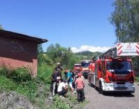 Un bărbat din Hunedoara a scăpat cu viaţă după ce a căzut de la 10 metri înălțime