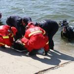 Gorj: Căutări pe râul Jiu după un bărbat care a căzut din barcă