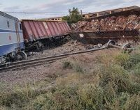 Magistrala Bucureşti – Constanţa, blocată în urma accidentului feroviar de la Fetești. Trenurile circulă deviat și au întârzieri