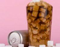 Românii, sub media UE la consumul de băuturi răcoritoare care conţin zahăr