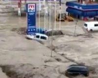 Turcia se confruntă cu inundații puternice în nordul țării