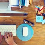 Sondaj: 70% dintre angajații români lucrează și în vacanță
