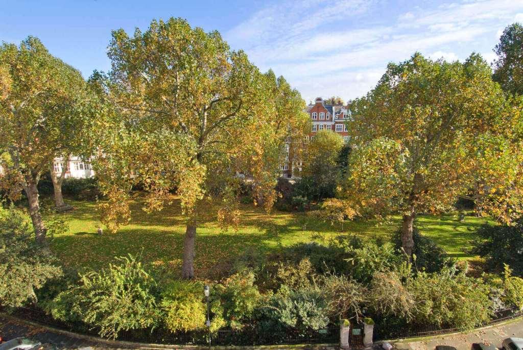 Lennox Gardens wide shot