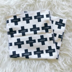 This personalized burp cloth gift set is the perfect - functional - adorable gift idea! ::: atkinsondriveorganics.com