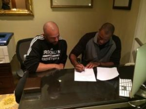 Jason Collins signs 10-day contract with coach Jason Kidd.