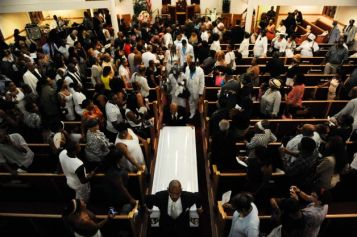 Funeral for man who died after police chokehold