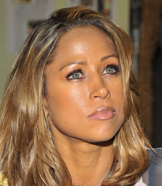 8 Reasons Stacey Dash Rubs The Black Community The Wrong Way