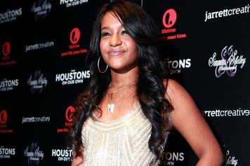 Bobby Kristina out of coma