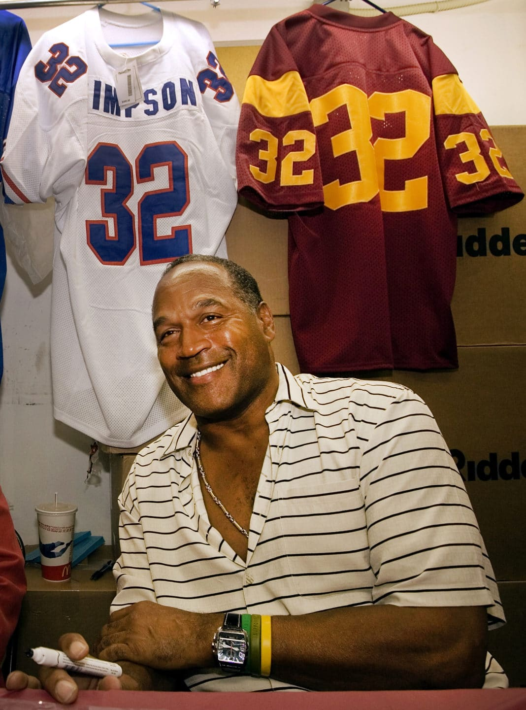 OJ Simpson Released From Prison After 9 Years For Armed