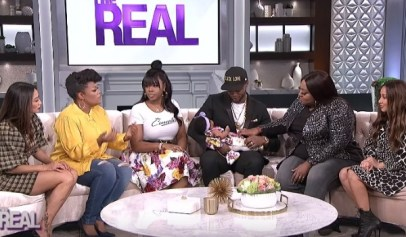 """Fans went crazy after Remy Ma and Papoose introduced their new daughter on """"The Real."""""""