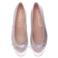 Pretty Ballerinas, one of her latest fashion finds.