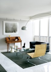 9) Rita Carson Guest melded contemporary art with antiques in a Colony Square penthouse.