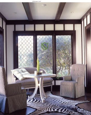51) A sunroom by John Oetgen is as glamorous as a 1940s Hollywood movie.