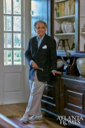 """A designer known for his expressive statements, Topol believes that """"comfort is the ultimate luxury,"""" an opinion that influenced his work on this home."""