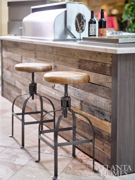 CABINETRY AND DESIGN Diversified Cabinet Distributors, Inc. REFRIGERATION U-Line from Builder Specialties, Inc. COOKING APPLIANCES Alfresco from Builder Specialties, Inc. COUNTERTOPS Levantina COUNTERTOP FABRICATION Atlanta Kitchen Stools World Market vaSe Lush Life