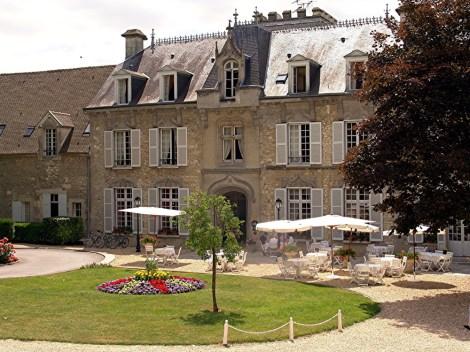 Five-star idyllic retreat, Chateau de Fére