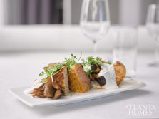 French toast with roasted mushrooms and fondue foam
