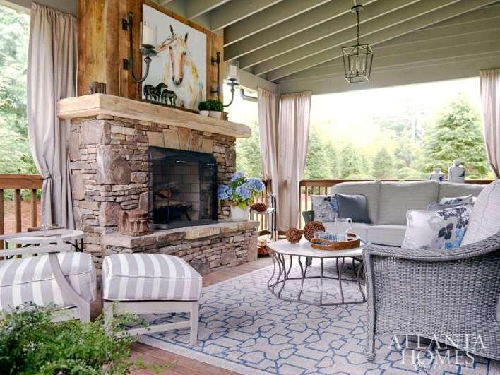 Paula Jones The Summer House / Back Porch