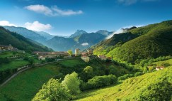 A snapshot from the verdant, Banduxo village, Asturias.