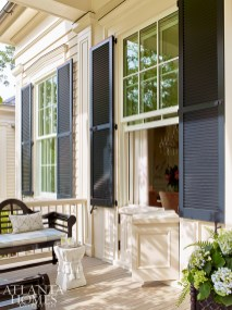 Strickland drew inspiration for the jib doors beneath the front porch windows from a historic house in nearby Beaufort, South Carolina.