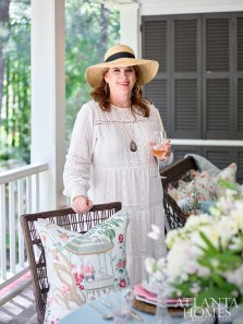Designer Sande Beck enjoys incorporating different patterns and periods in her summer table settings.