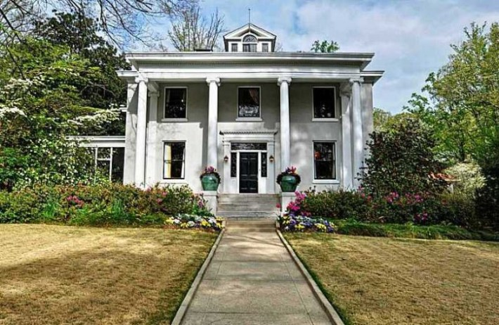Home Built 1910 In Druid Hills