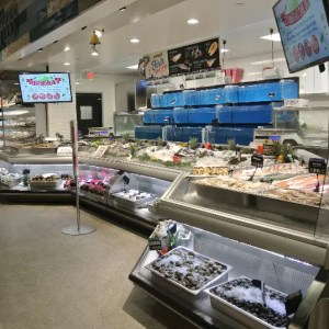Custom Angled Ice-Only Non-Refrigerated Seafood Case with Front Grab and Go Bunkers - Atlantic Food Bars - FSM-KK 1