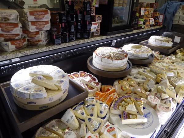 Refrigerated Cheese Display Case - Customized Low-Profile Multi-Deck Grab & Go Merchandiser - Atlantic Food Bars - ILR 3