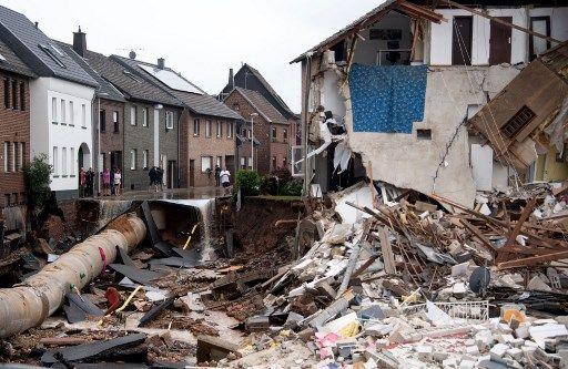 Des inondations importantes ont provoqué d'énormes dégâts et fait plus de 100 morts en Allemagne (ici, Erftstad).