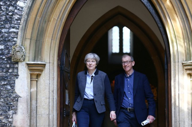 Theresa-May-with-husband