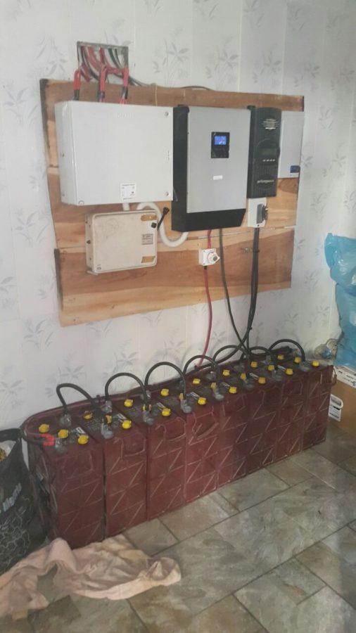 5 kva Inverter 60 amp controller and 8 L16 Batteries