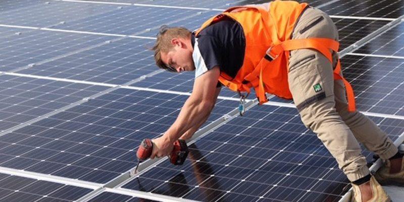 Australian-solar-power-installation