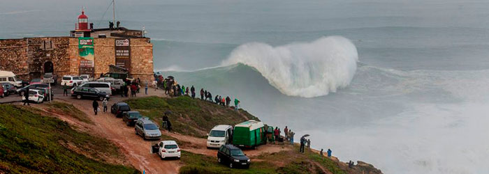 nazare-big-wave