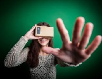 google-cardboard-wearable-virtual-reality-headset