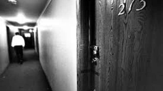 Oxford Apartments No 213 Milwaukee