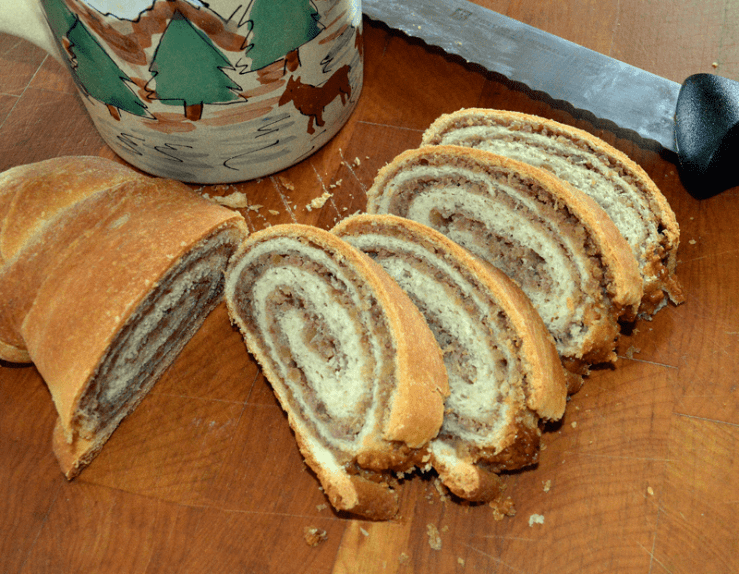 grannie geek, Shirley's Christmas Walnut Roll