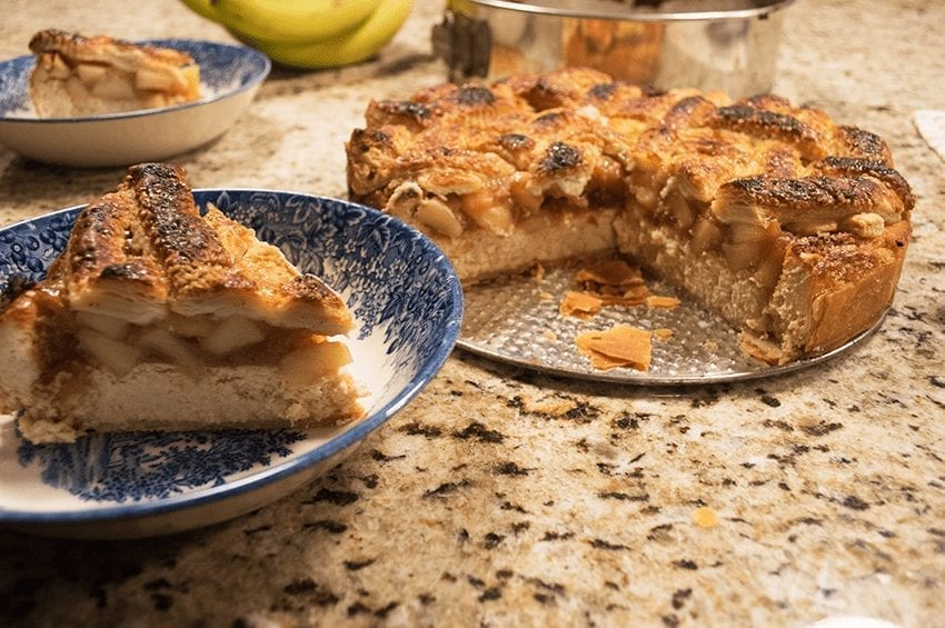 at mimi's table apple pie cheesecake 3