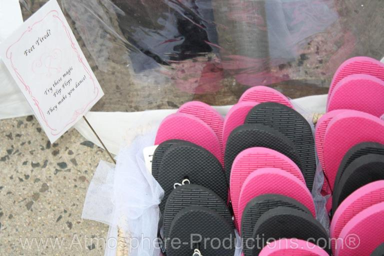 www.atmosphere-productions.com Wedding Flip Flop Favors For Your Guests. - Kimber and William