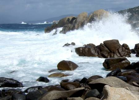 Waves / stormy sea in Corsica