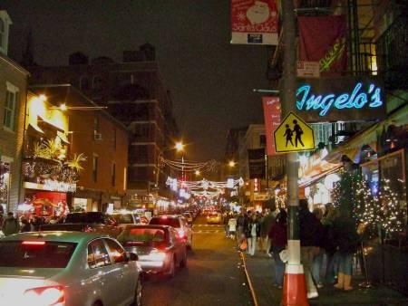 New York, public sidewalks Canal street