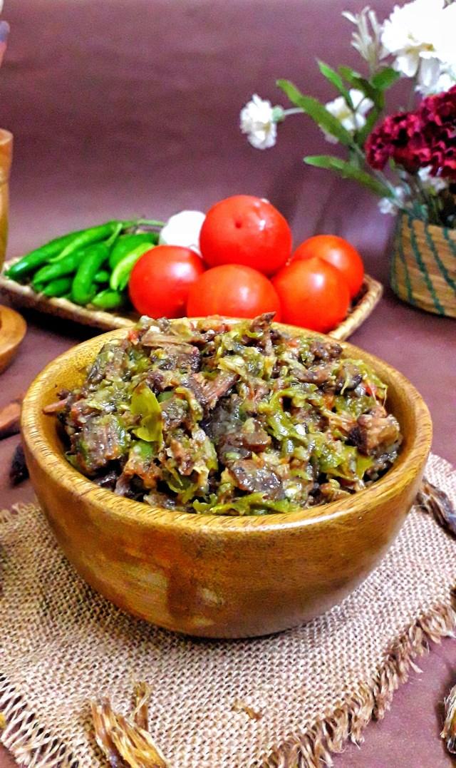 Smoked Beef Chutney / Sukha Mangso Chutney / Nashi Shi Lon
