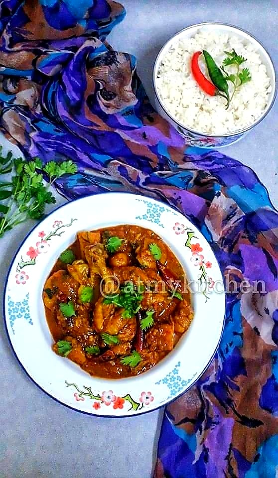 Easy Chicken Curry / Chicken Curry With Potato  / Indian Chicken Curry