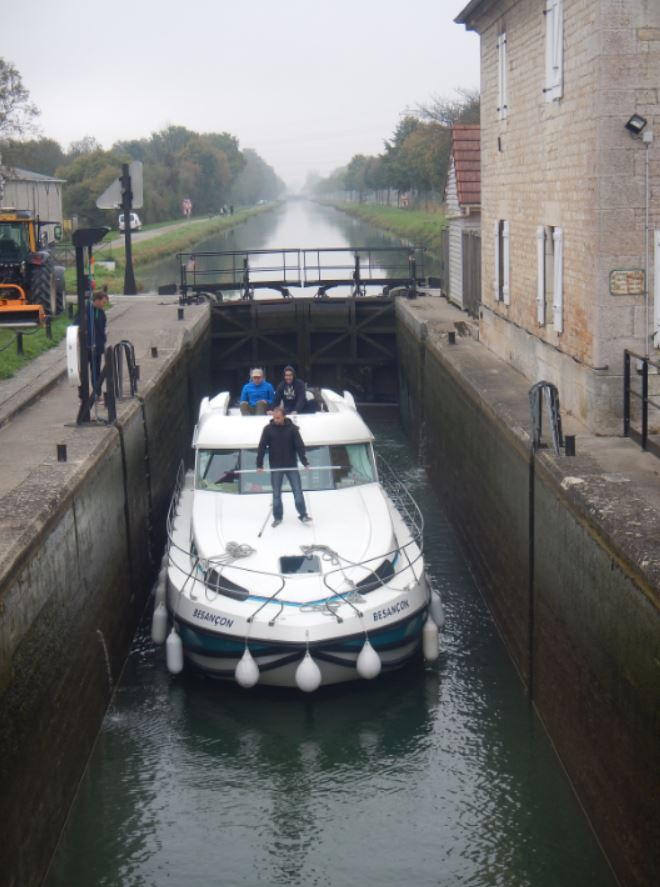 Navegando por las esclusas