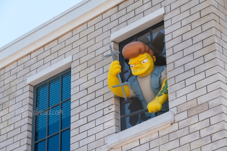 Statue of Snake attempting to escape the jail of the Springfield Police.
