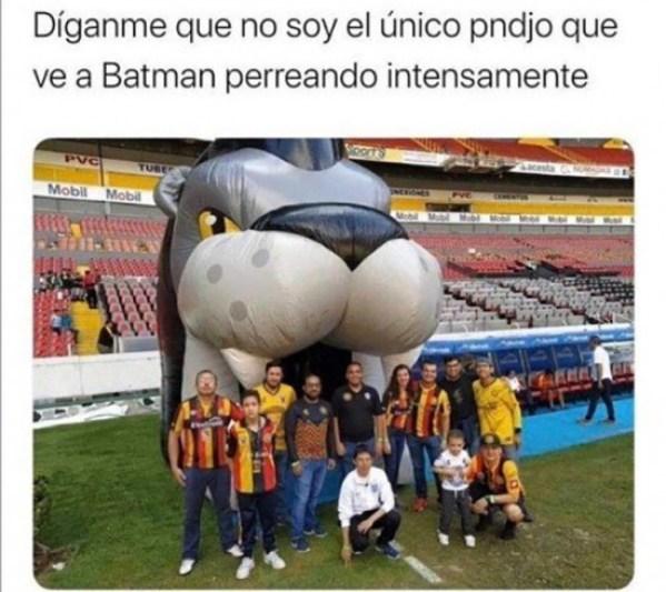 Batman Perreando