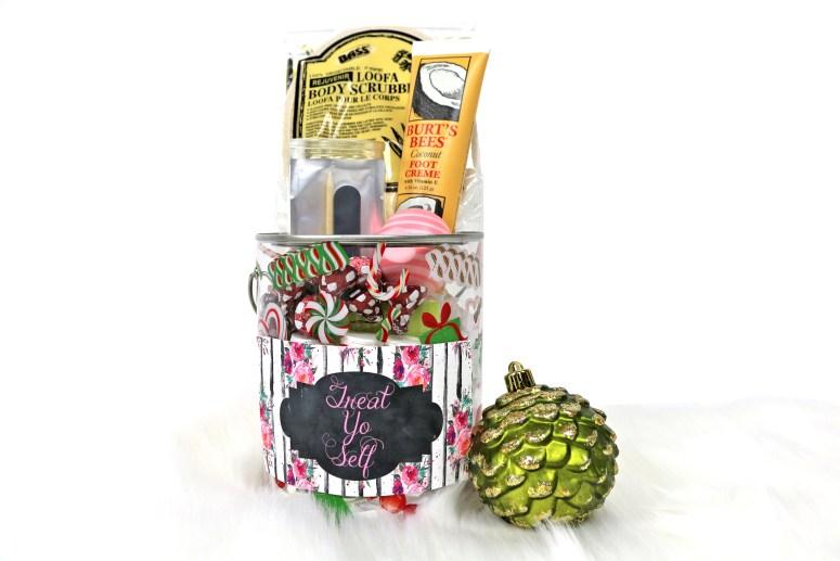 Treat Yo Self Jar Label with Flowers Far: Easy DIY Christmas Gifts